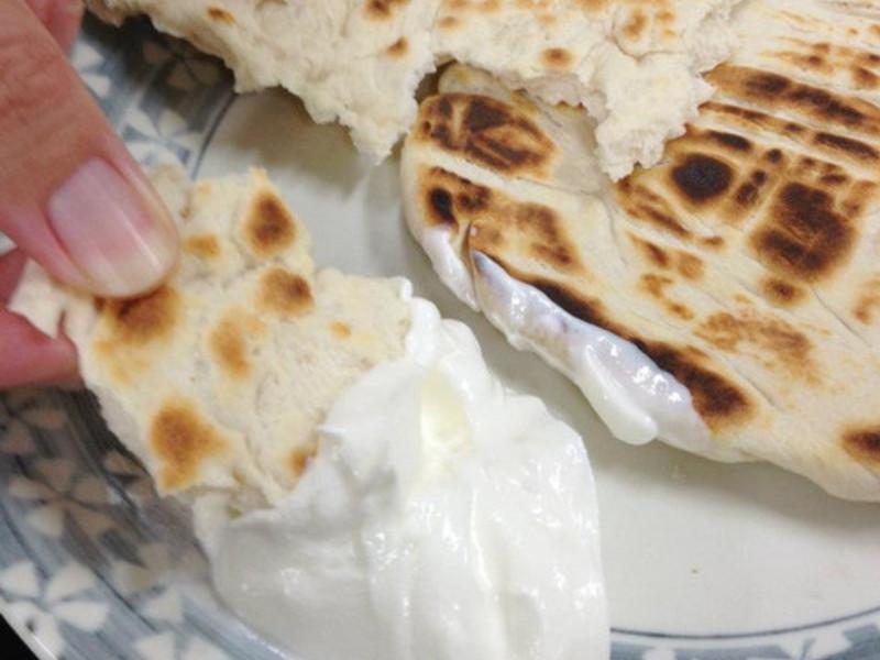 匈牙利料理。匈牙利平底鍋煎麵包(Langos) 4人份