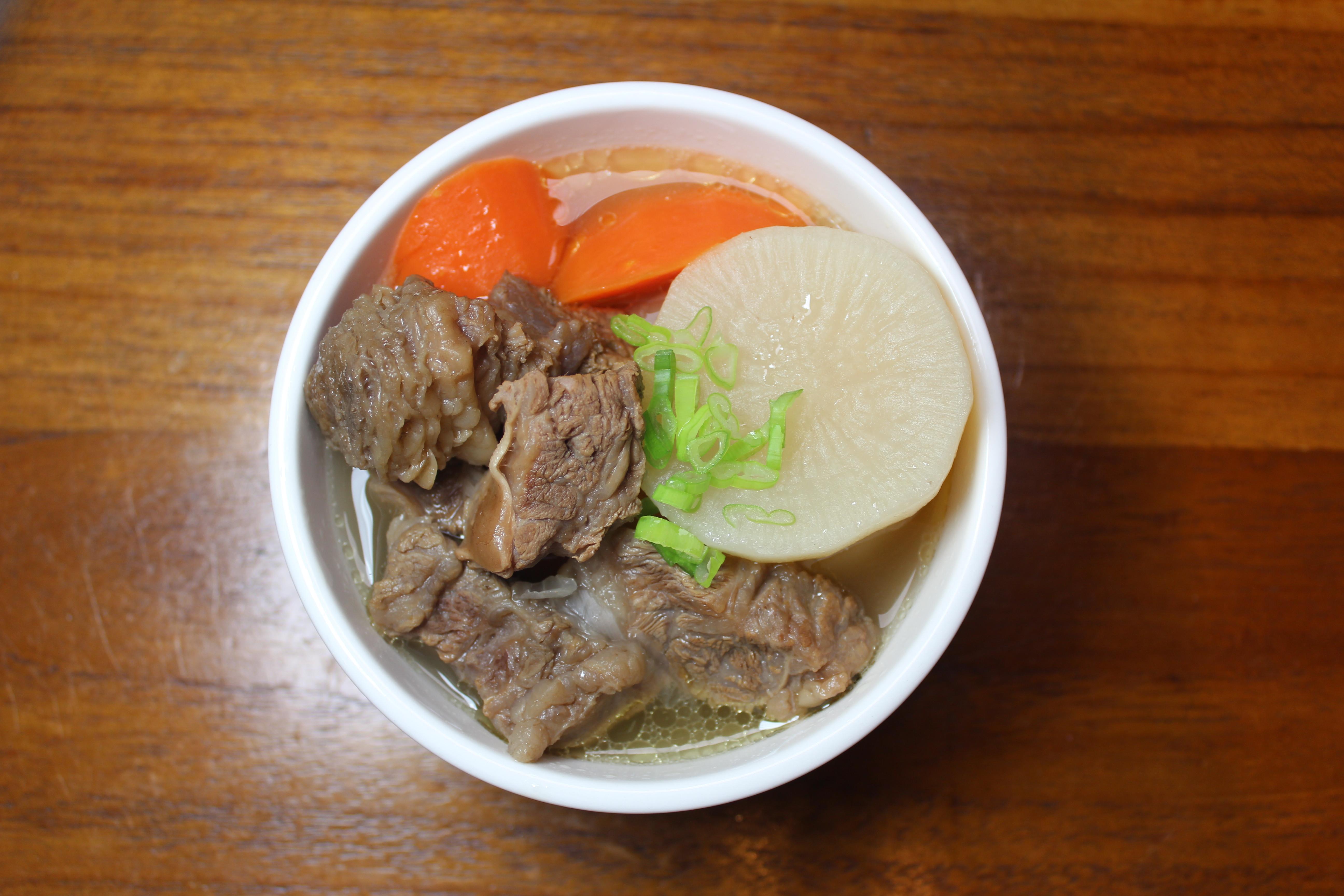 家常料理系列-清燉牛肋條