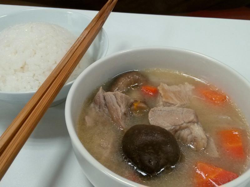 味噌煮豬肉