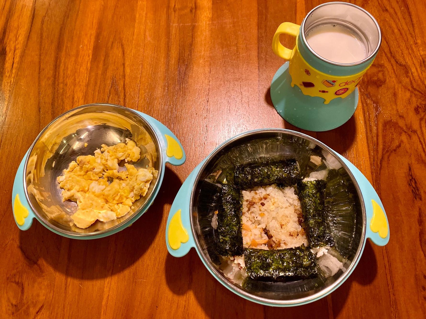 海苔米餅飯炒蛋套餐