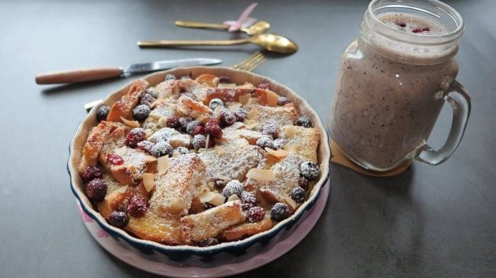 聖誕餐 藍莓吐司布丁與藍莓果昔