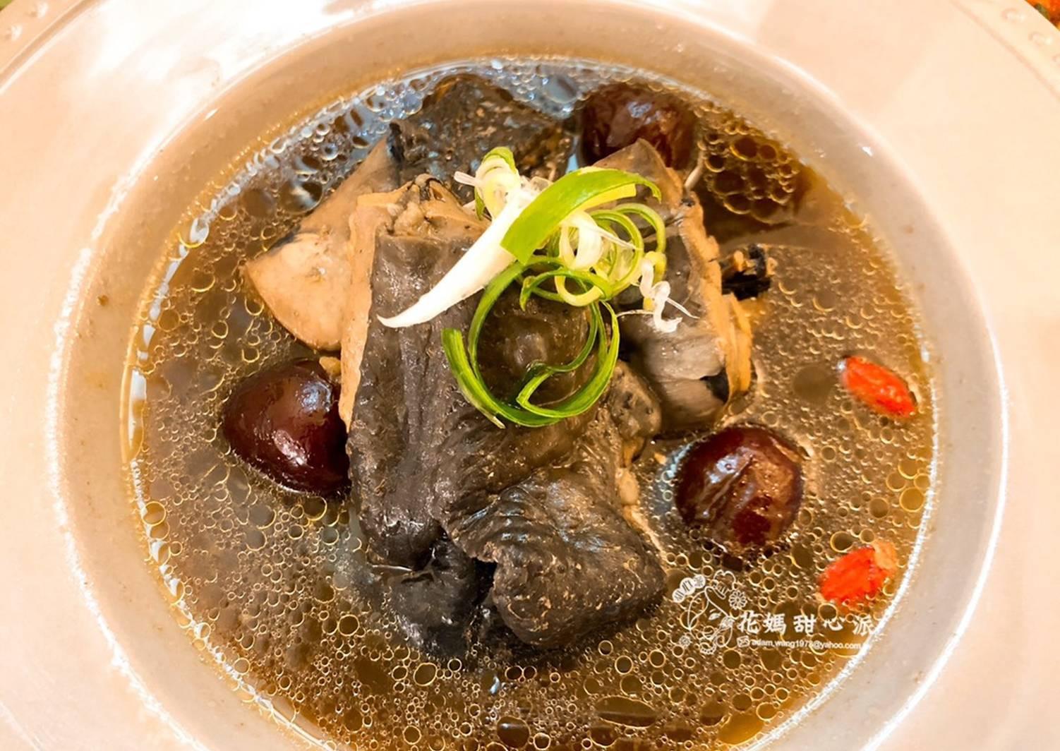 八寶人蔘雞湯(年菜料理)