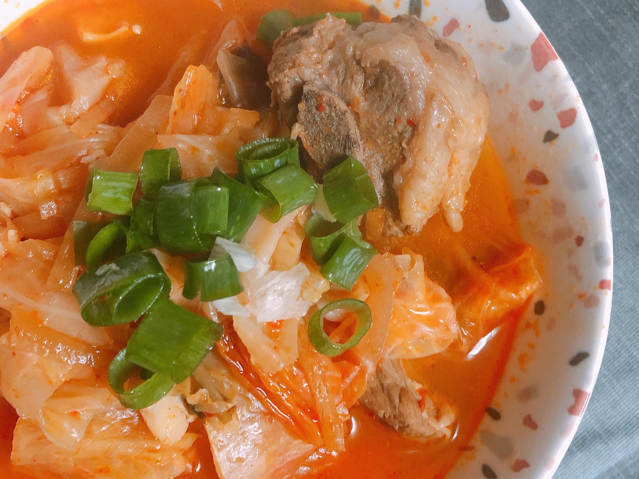超簡單🇰🇷韓式泡菜湯