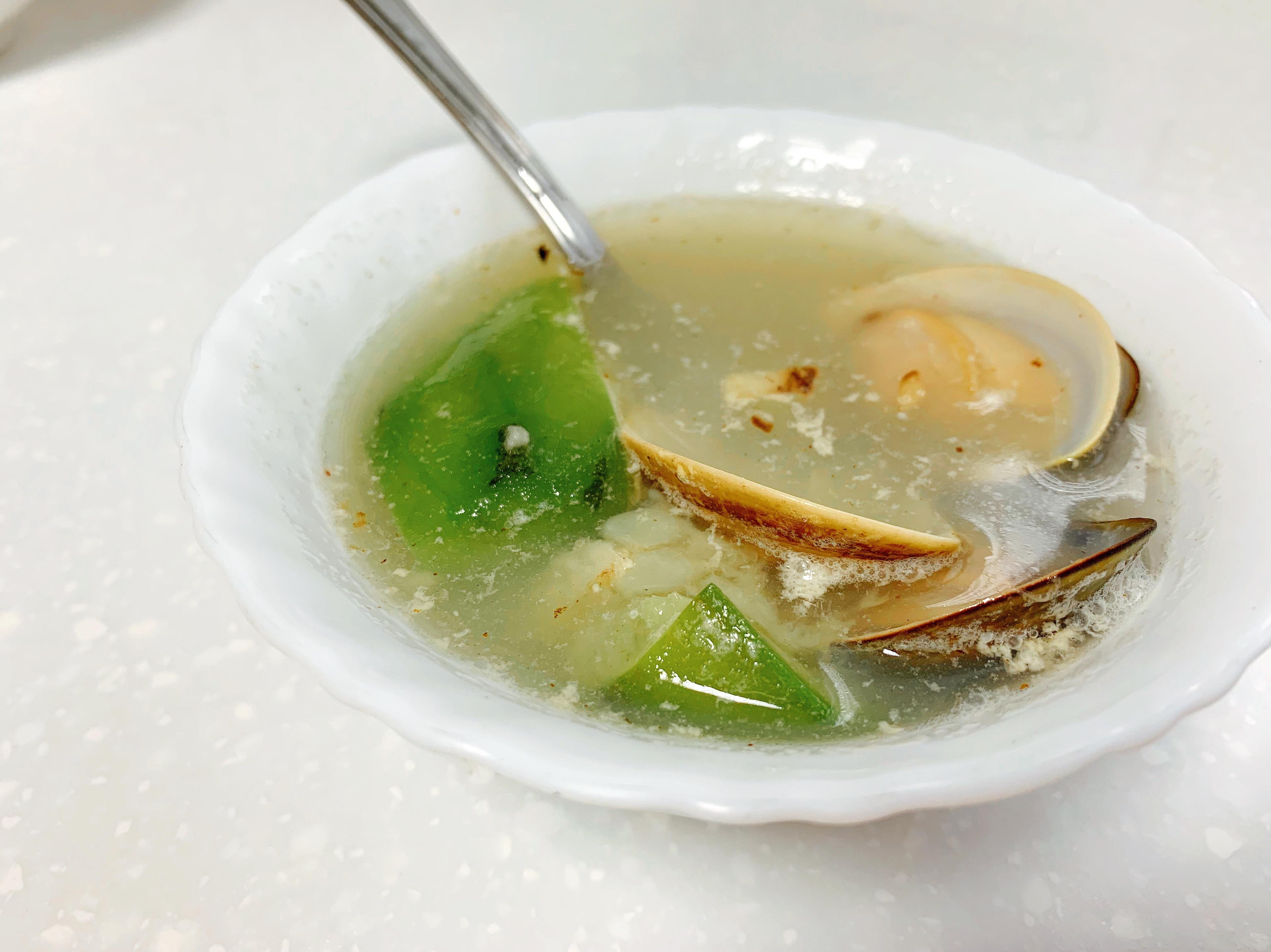 蒜香蛤蜊絲瓜湯