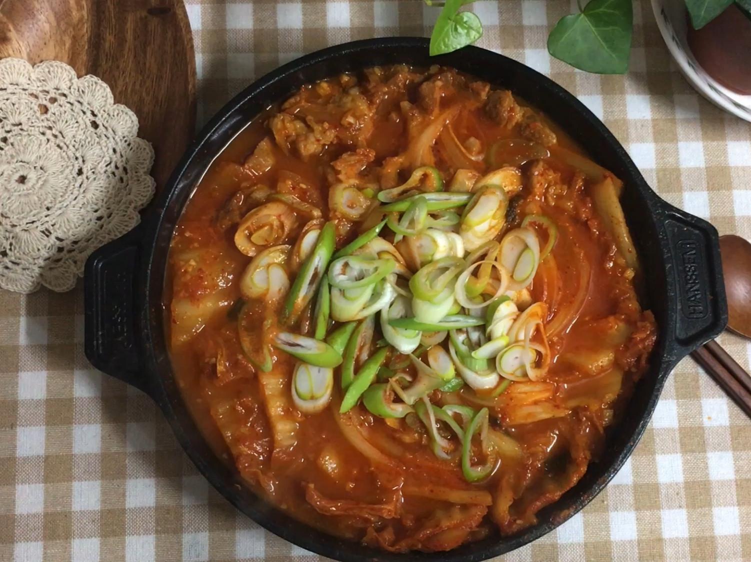 韓式豬肉泡菜鍋(簡易版)(김치찌개)