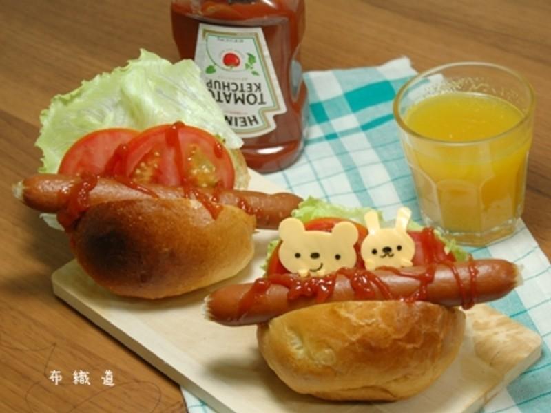 【亨氏蕃茄醬100%純天然】可愛快速熱狗三明治