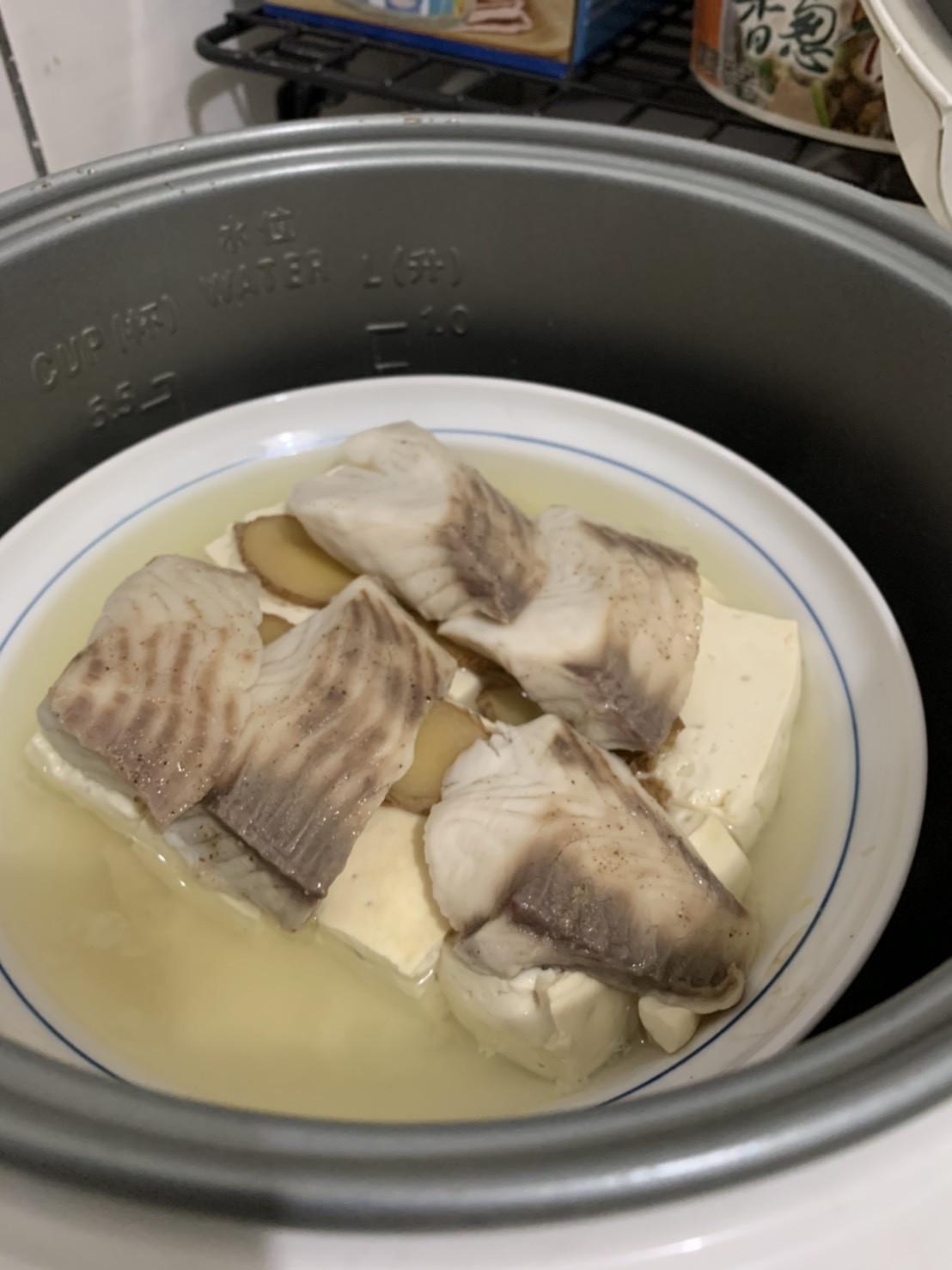 清蒸鯛魚豆腐(電子鍋)