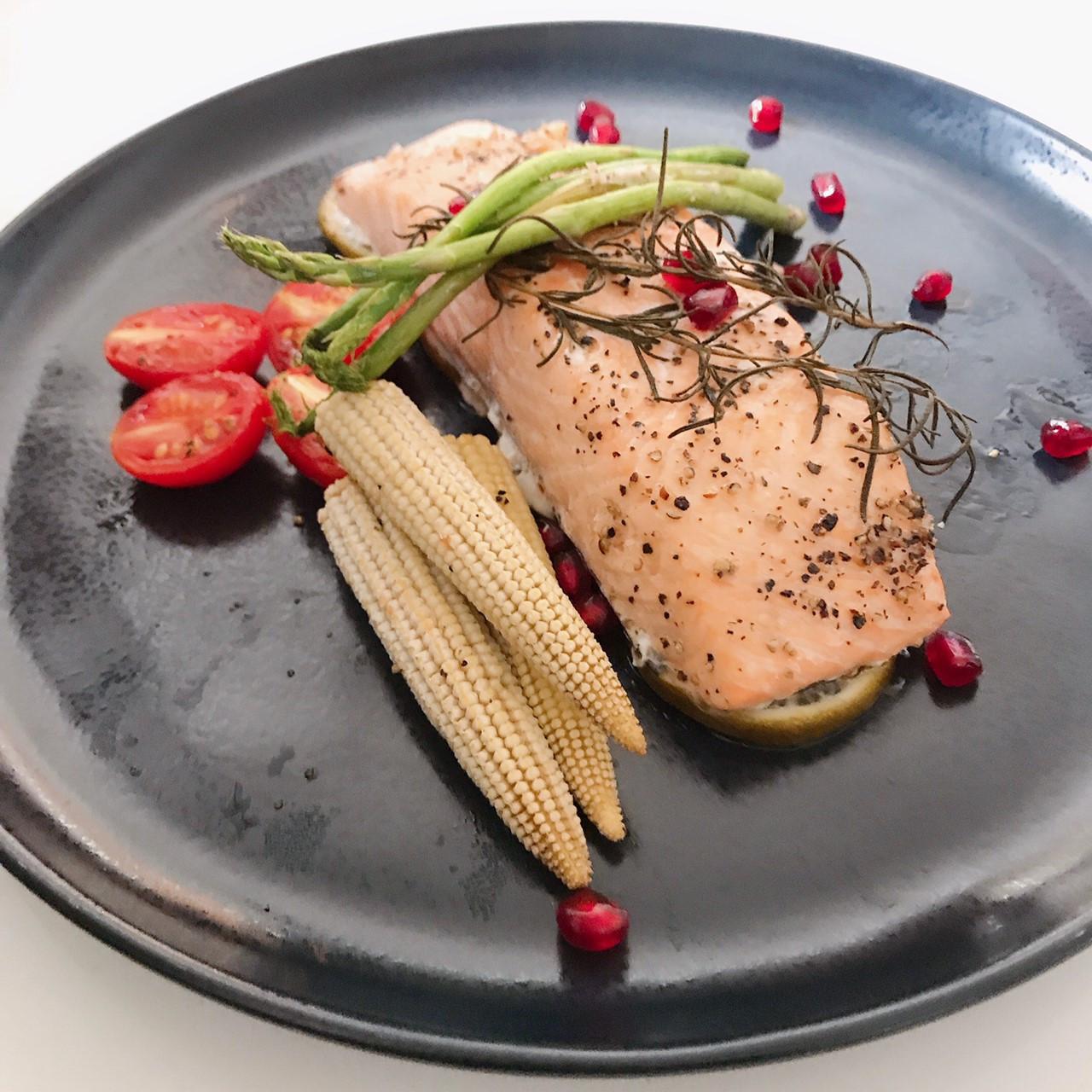 全聯食譜之爸爸回家做晚飯-香烤鮭魚菲力