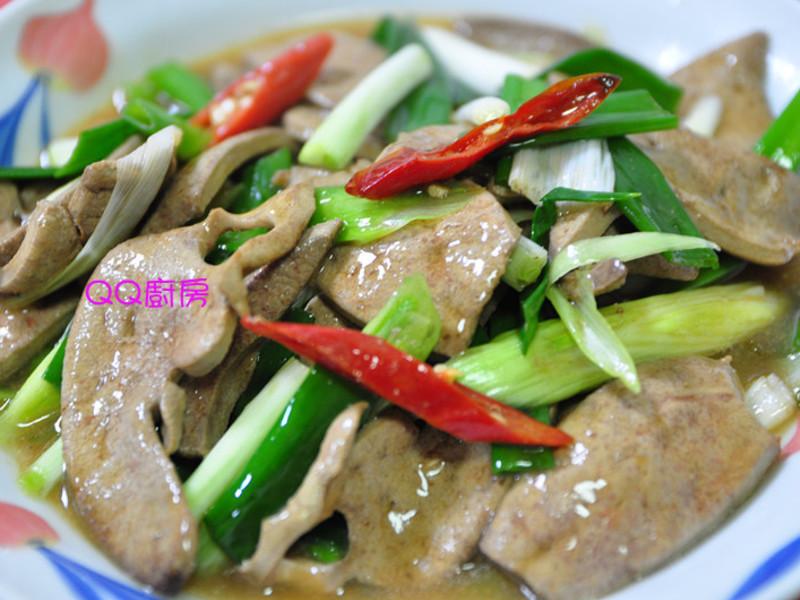 蠔油蔥段炒豬肝片