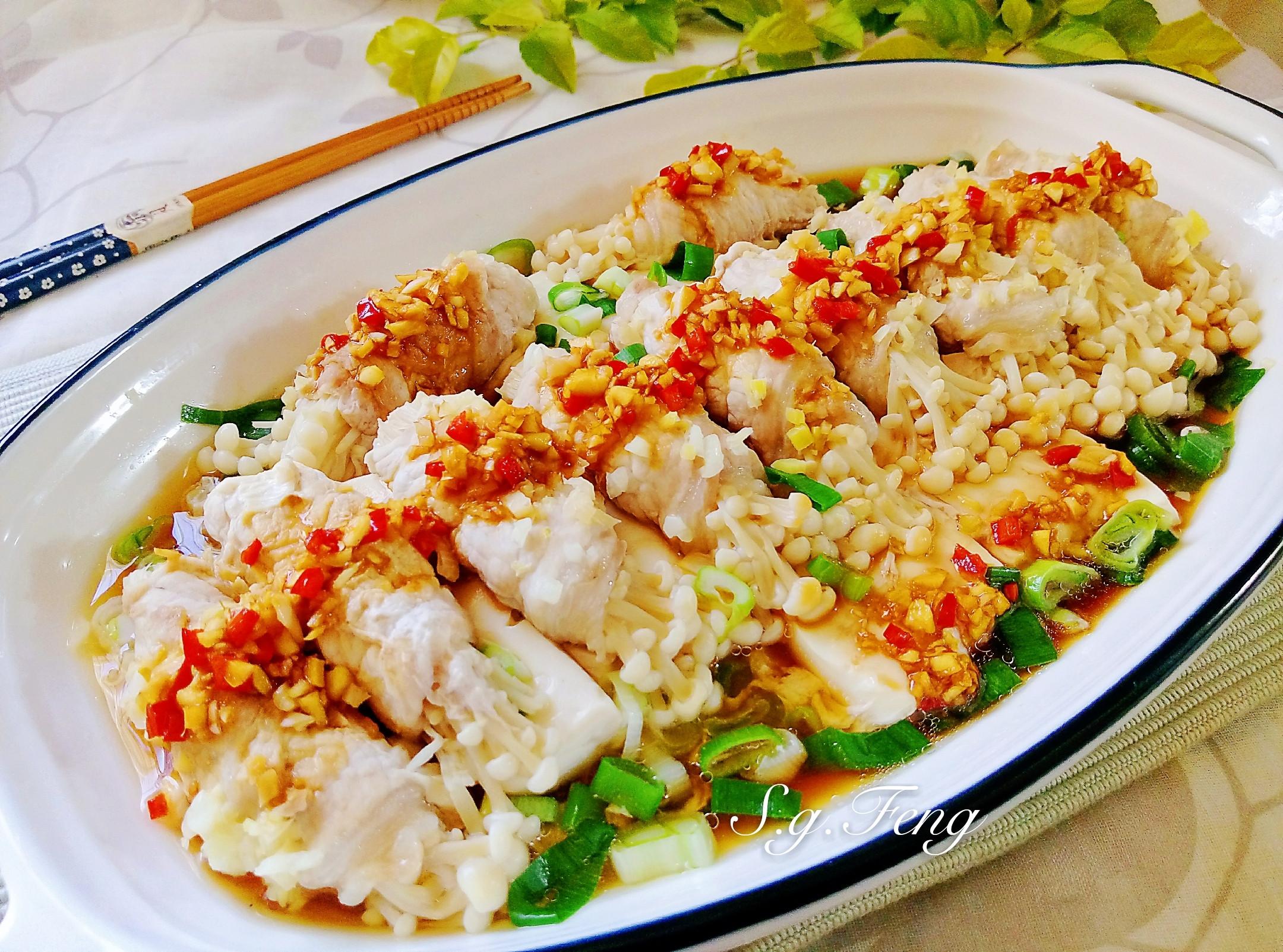 清蒸豆腐金針菇肉捲