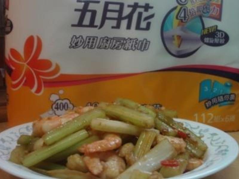 (五月花妙用廚紙)均媽的料理廚房~西芹炒海鮮