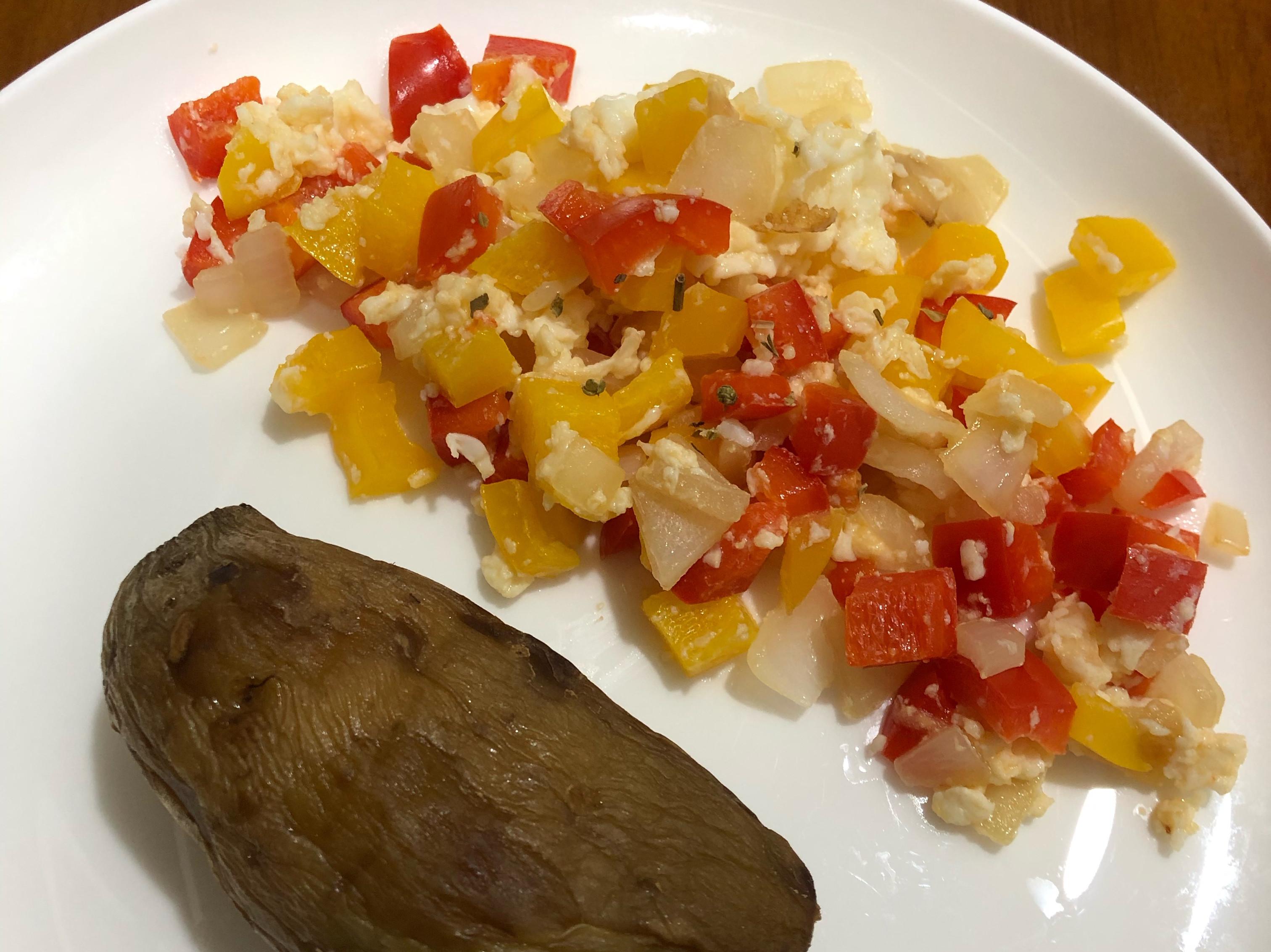 低碘「洋蔥甜椒蛋白炒」