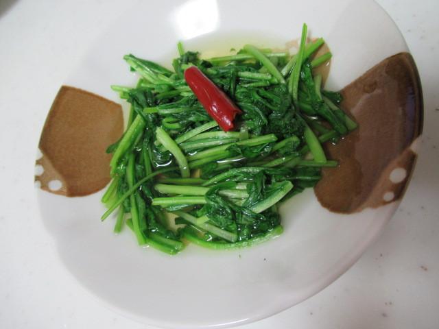 日式煮芝麻葉