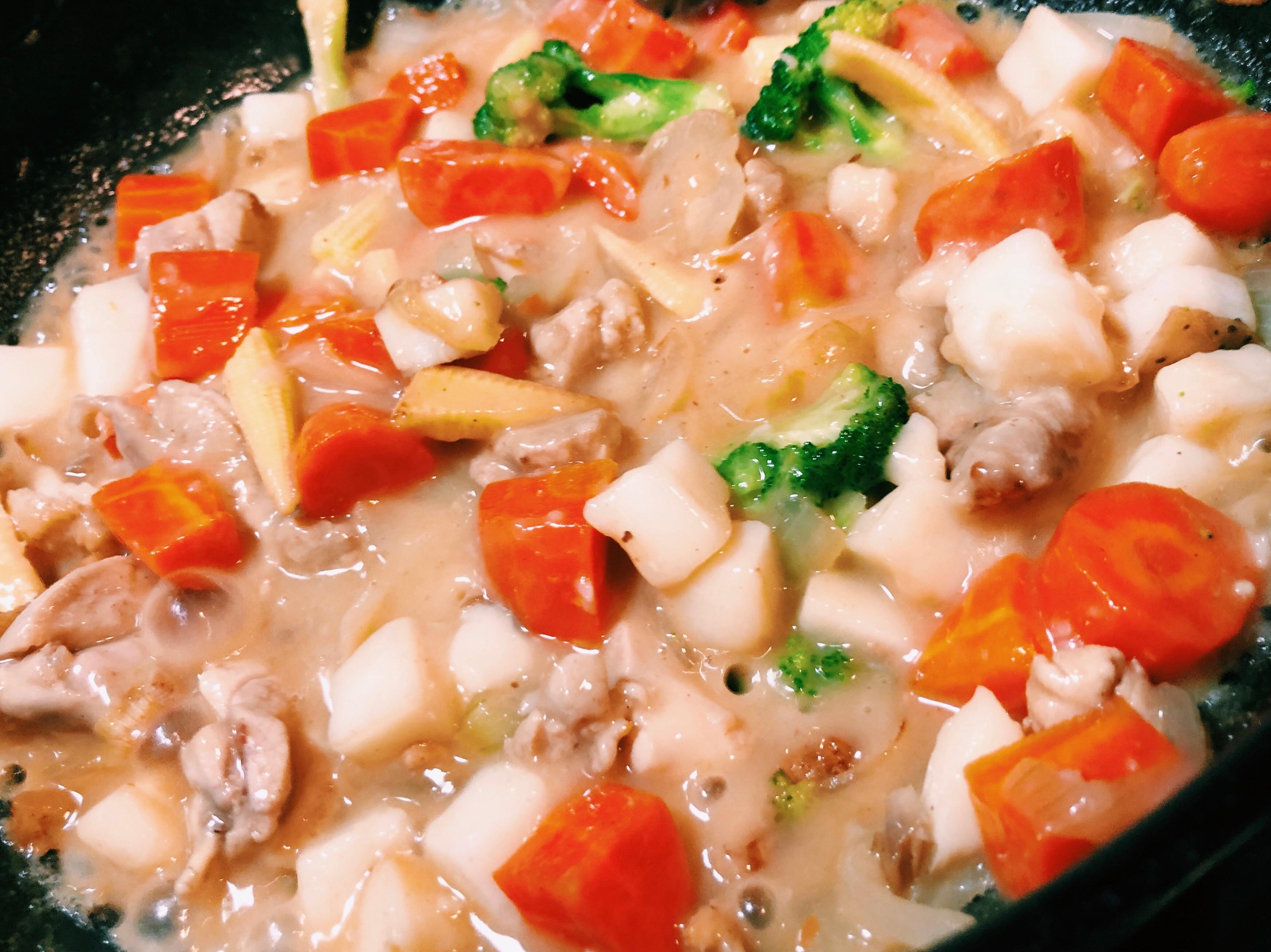 北海道白醬雞腿肉燉飯