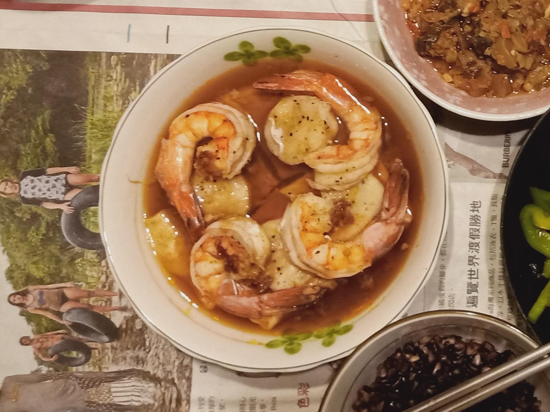 蒸蒜蓉干貝蝦豆腐