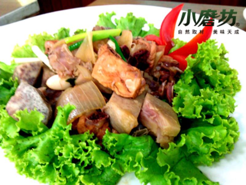 【小磨坊】照燒芋頭臘腸雞