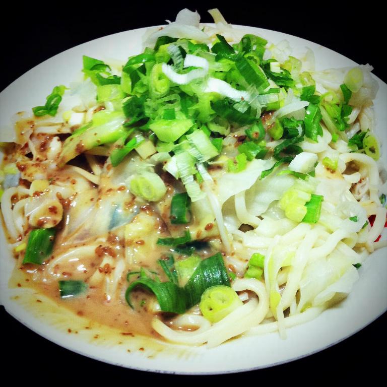 高麗菜炒麵拌日式芝麻醬
