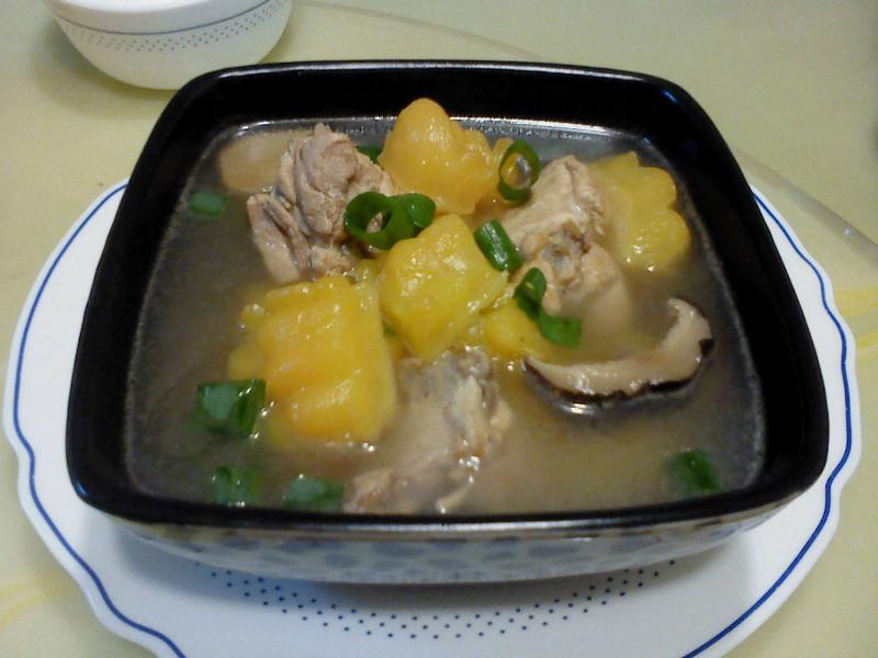 莎媽五心級料理~苦瓜雞湯