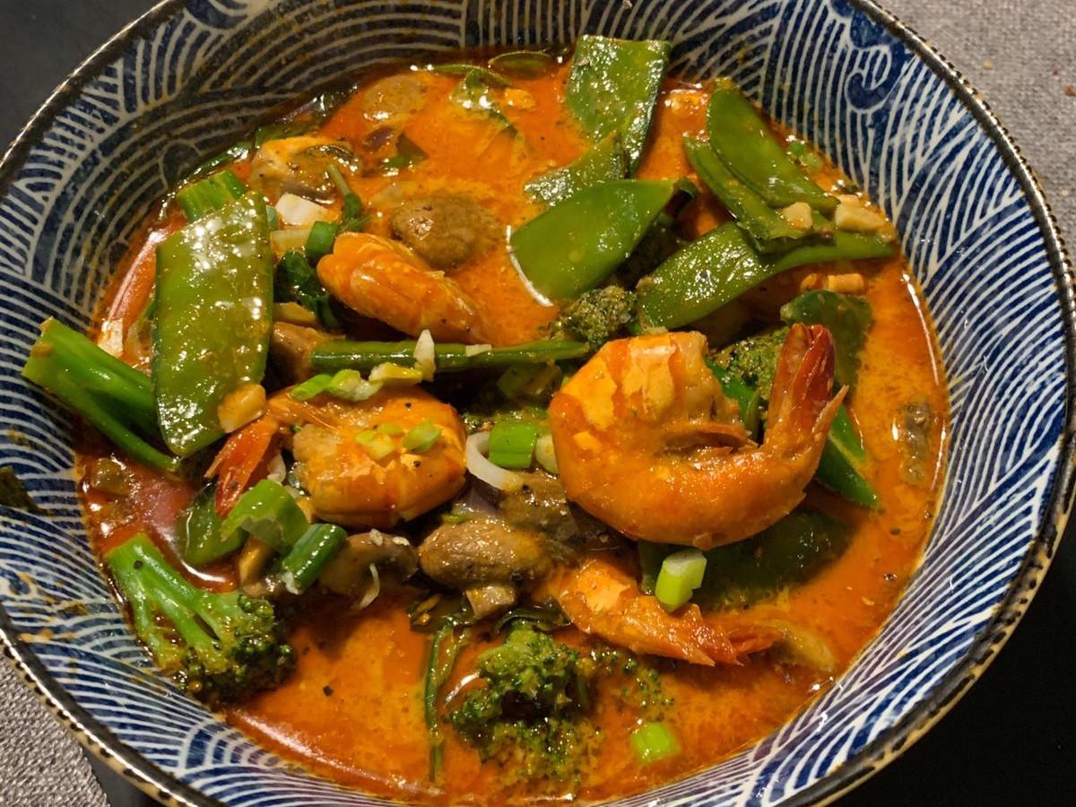 泰式酸辣鮮蝦紅咖哩