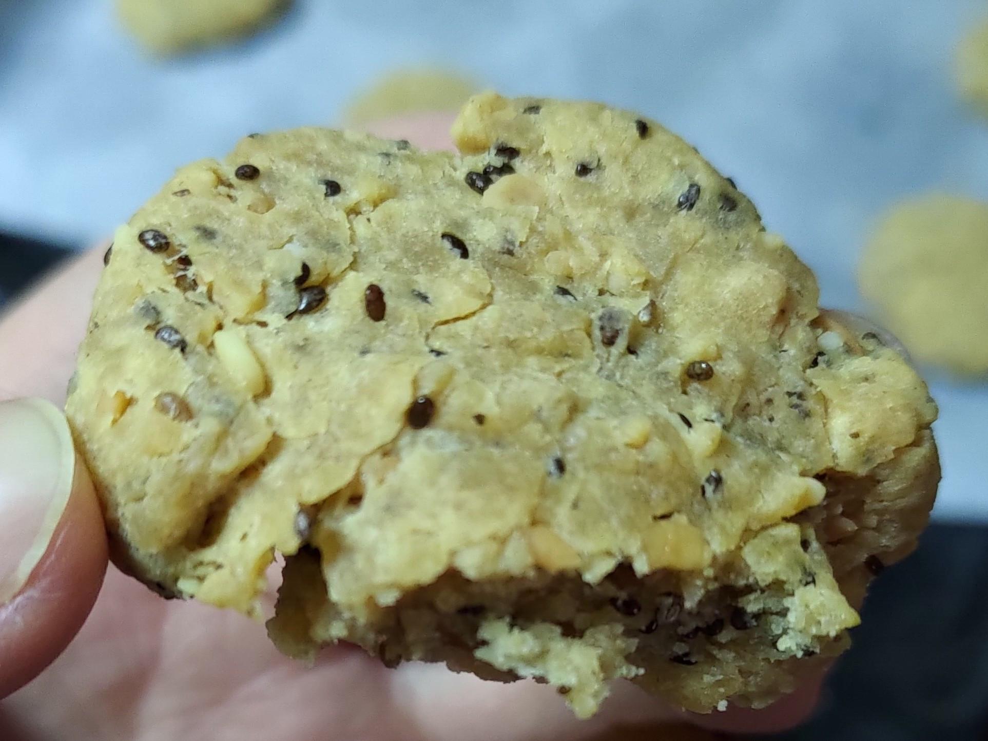超級奇亞籽花生醬低糖餅乾