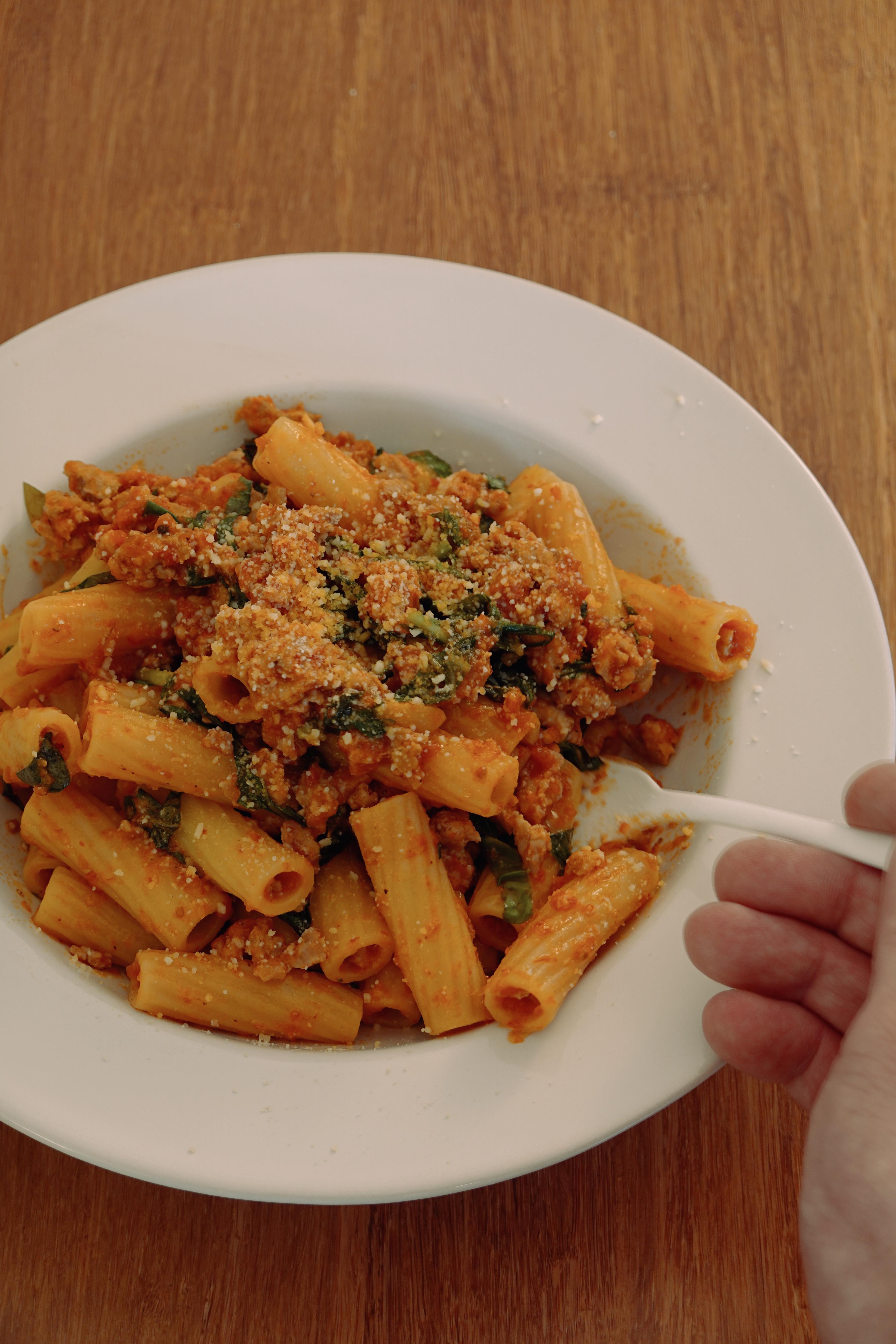 番茄甜羅勒肉醬義大利麵|HHH