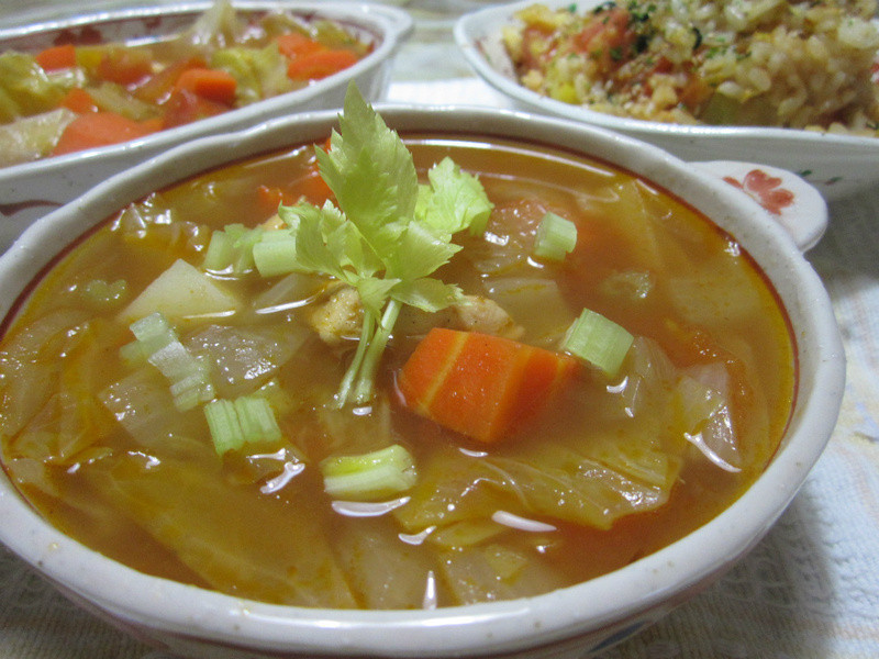 亨氏番茄醬-蕃茄雞肉蔬菜湯