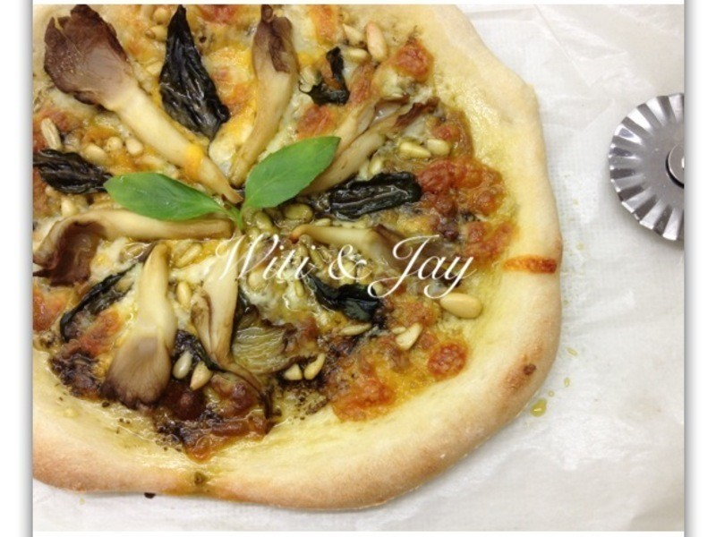[Witi✿Kitchen](麵包機-比薩PIZZA)鮮菇松子青醬比薩