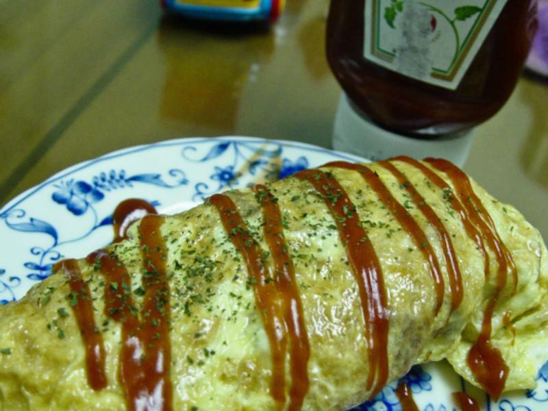 「亨氏番茄醬 100% 純天然」蛋包飯