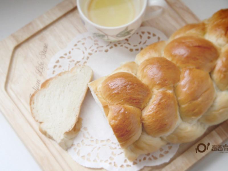 海鹽辮子麵包by戀戀家