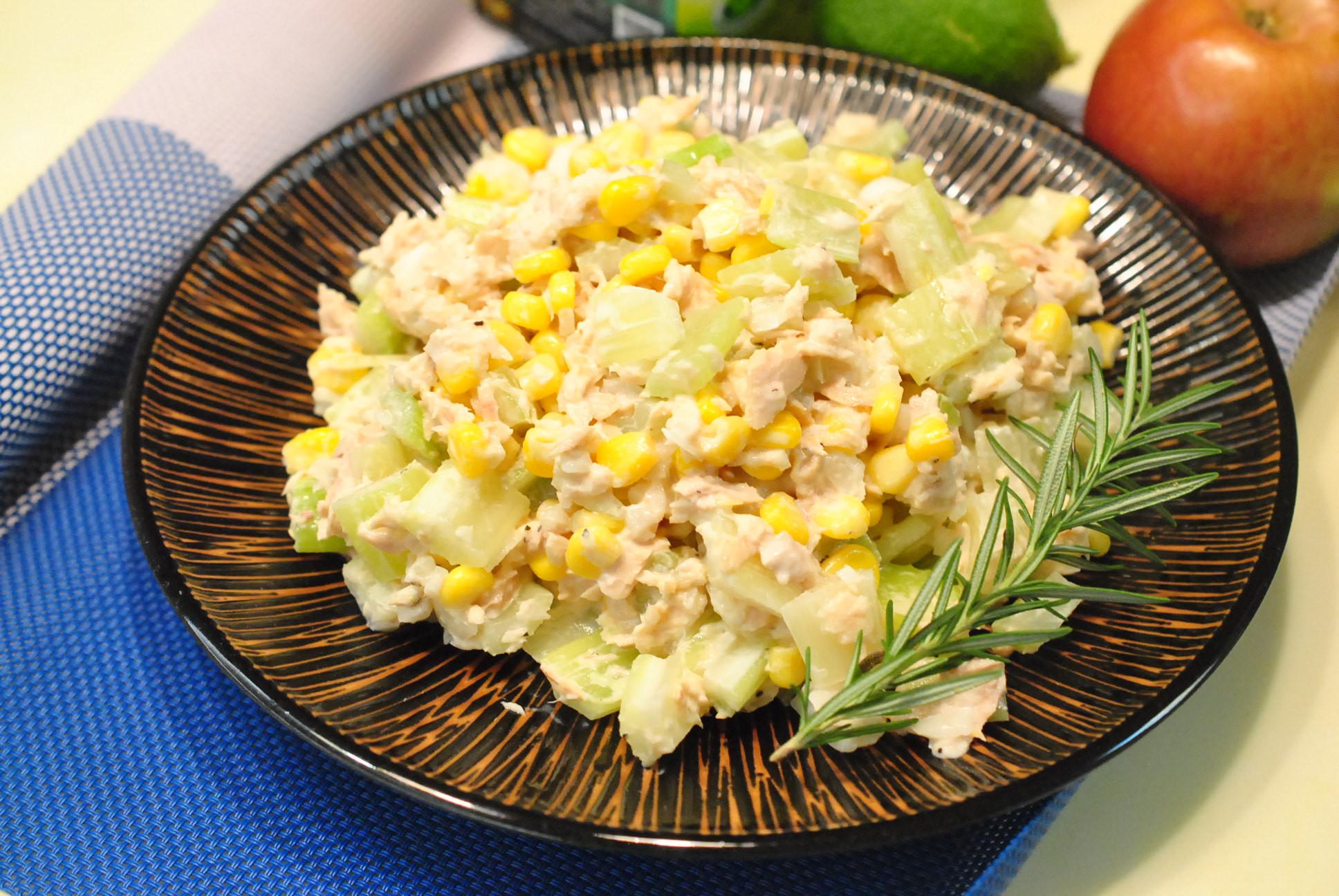 西芹拌鮪魚沙拉