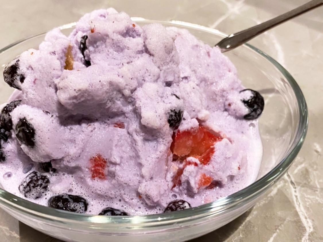 超簡單莓果牛奶冰淇淋