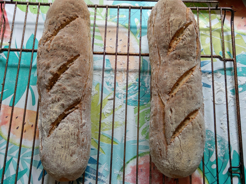法國家庭自製長棍麵包