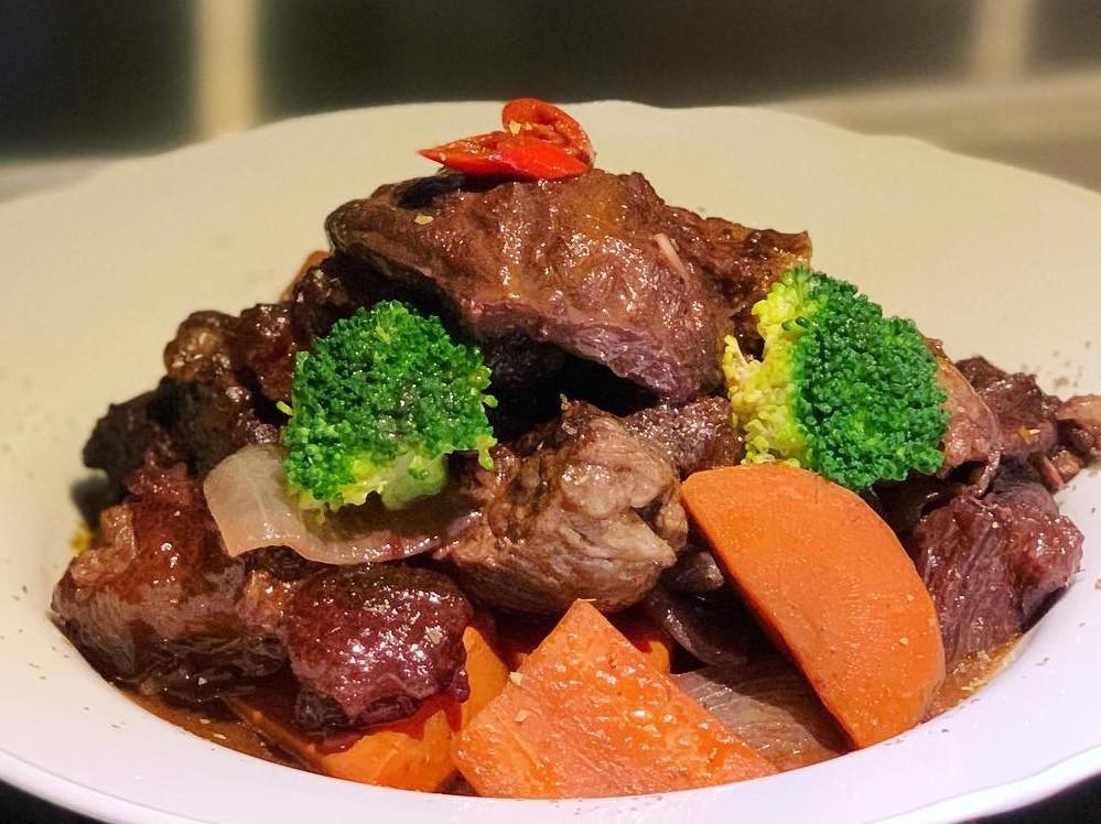 香辣紅酒燉牛肉