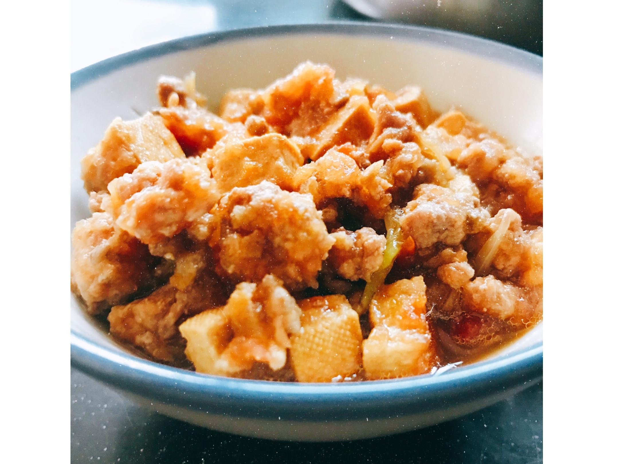 簡易便當料理-蕃茄豆干肉燥