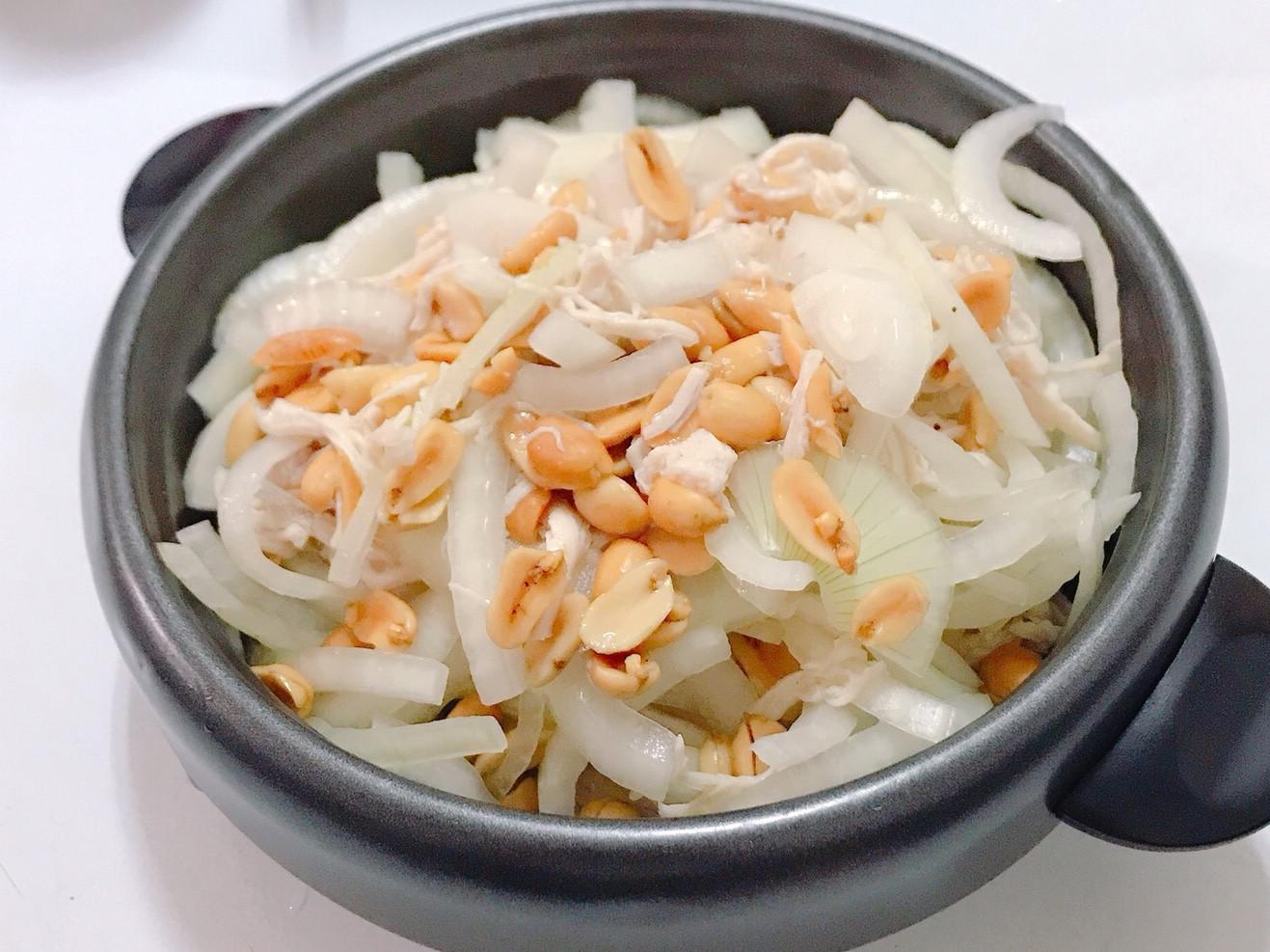 涼拌洋蔥花生雞絲