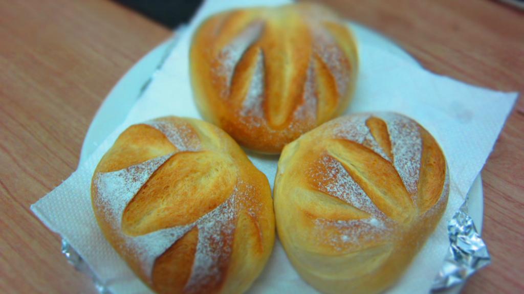 牛奶法國麵包