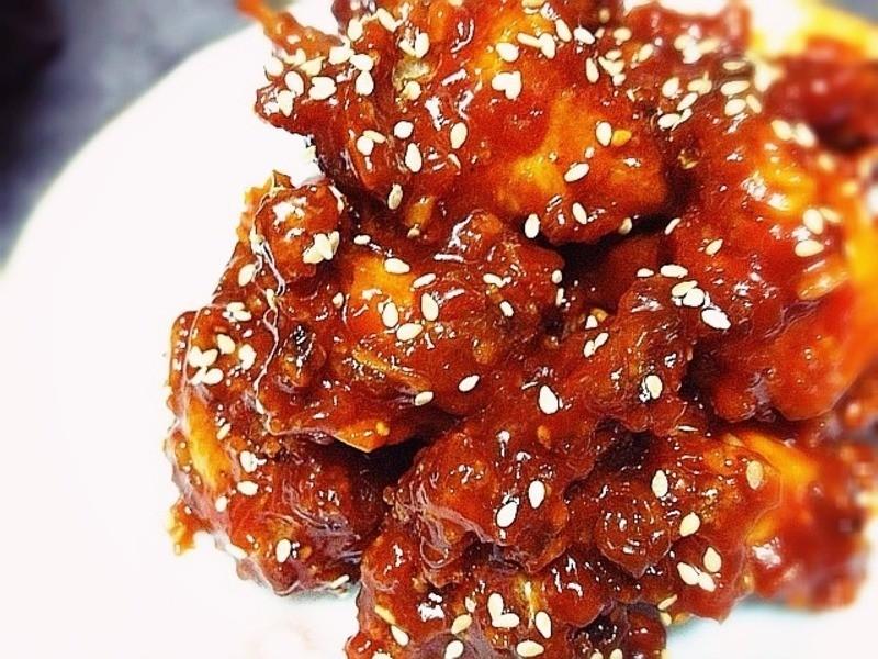 《韓式辣醬炸雞》