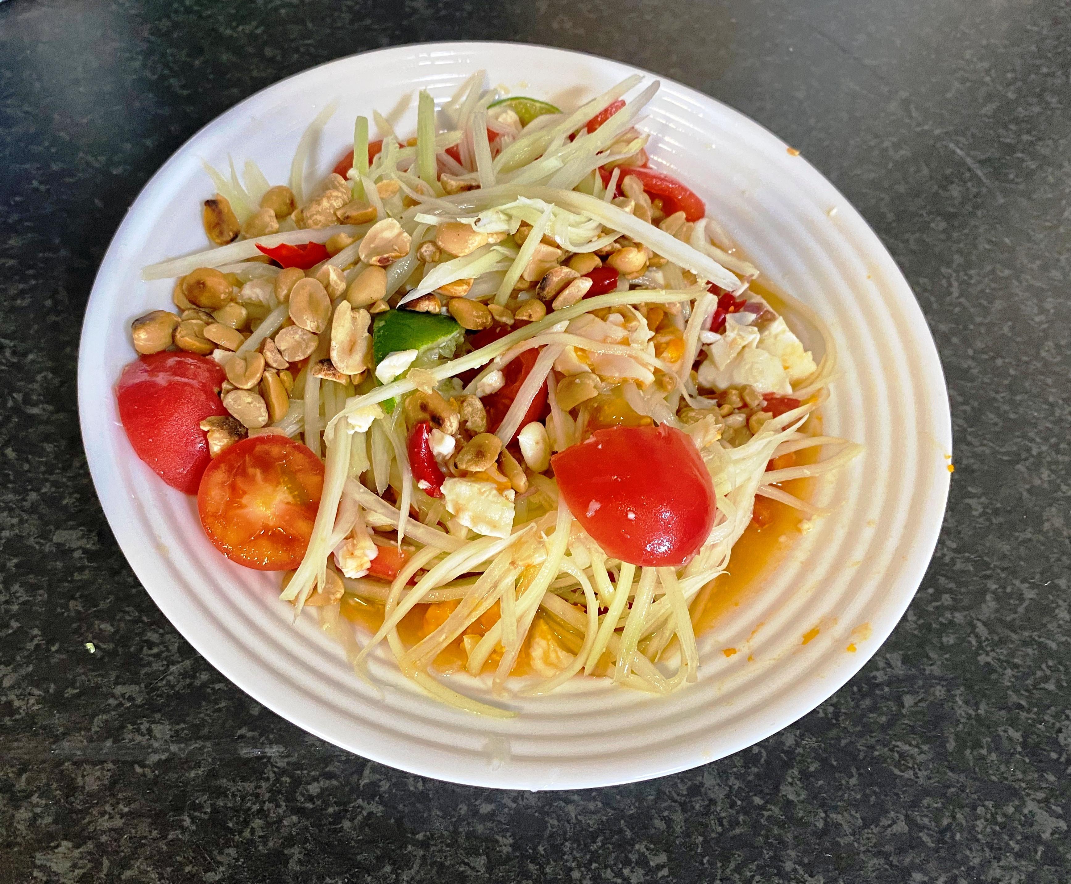 泰式涼拌鹹蛋青木瓜沙拉
