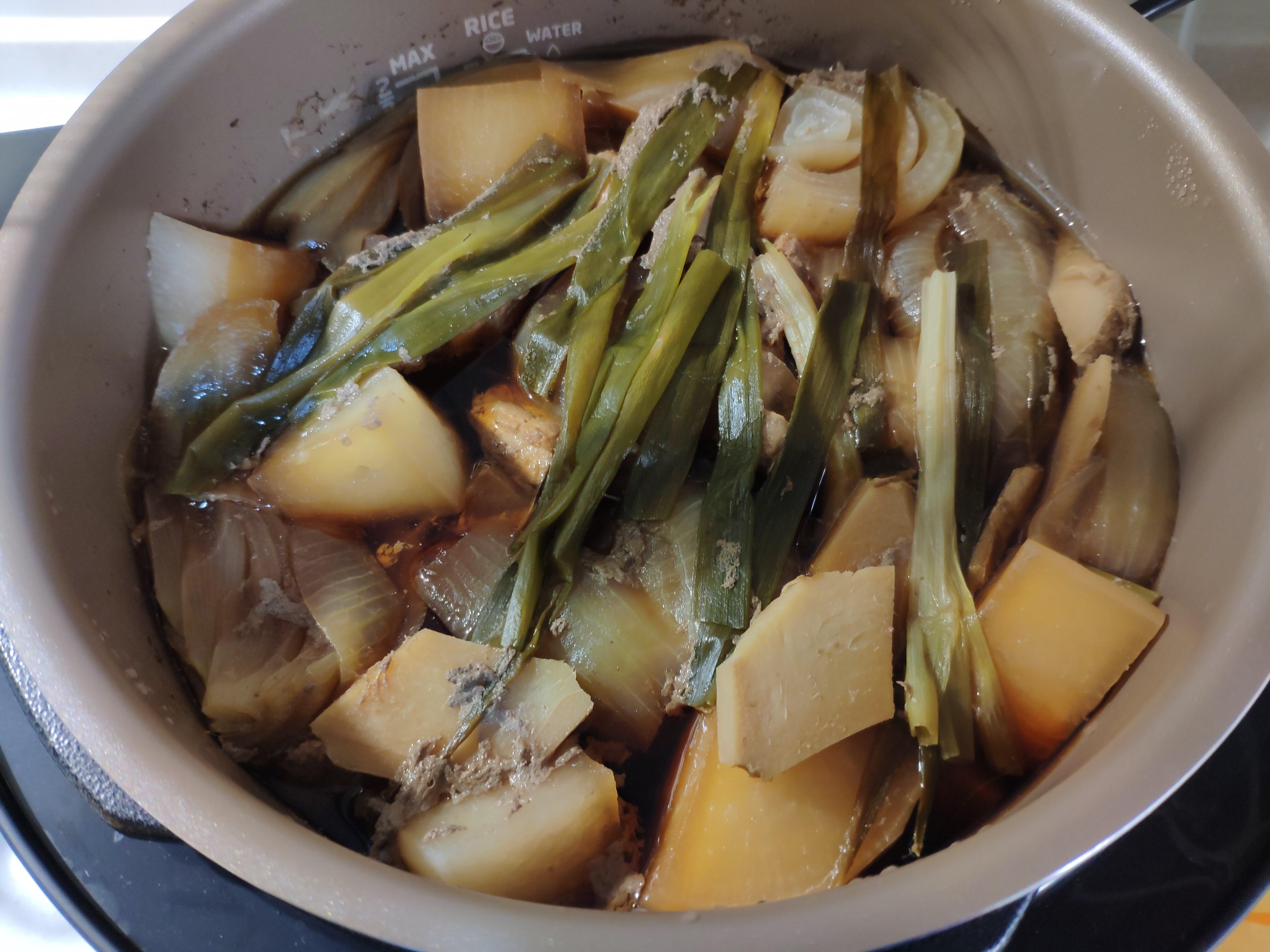 滷蘿蔔(萬用鍋)
