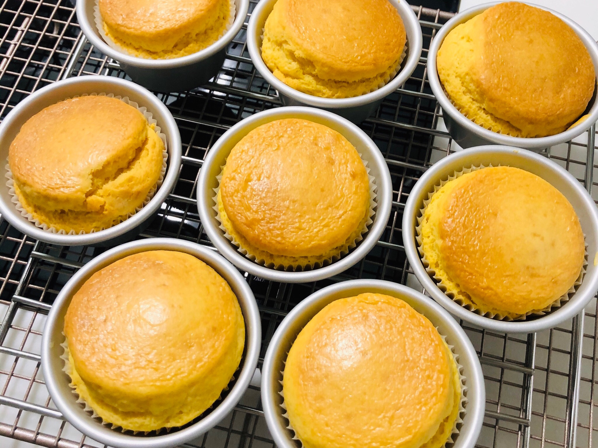 【手拿食物】鬆餅粉香草杯子蛋糕