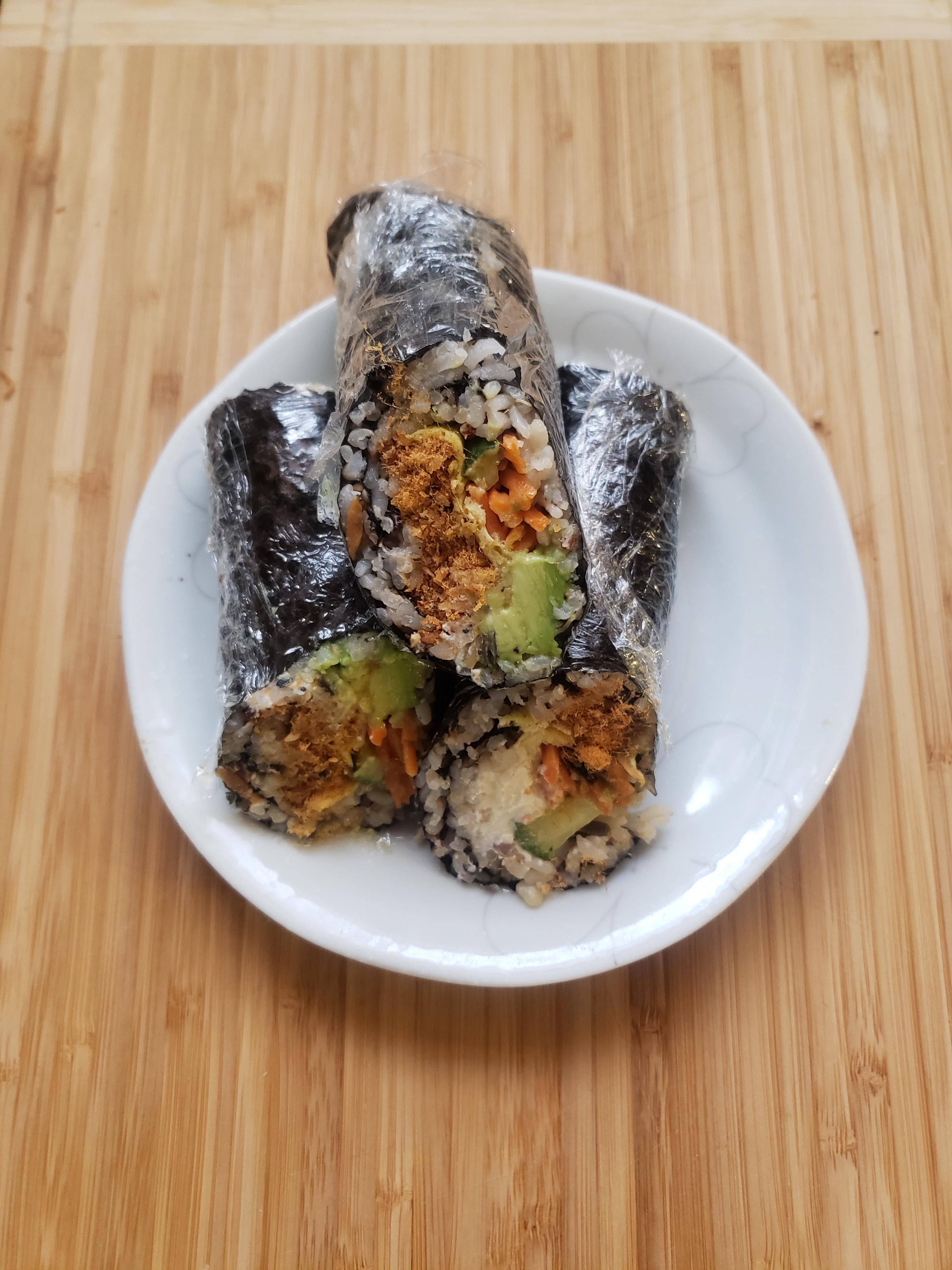十穀米壽司手捲(肉鬆,鮪魚)