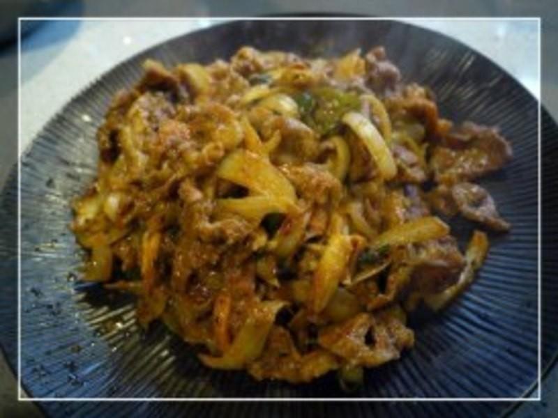韓國辣炒洋蔥豬