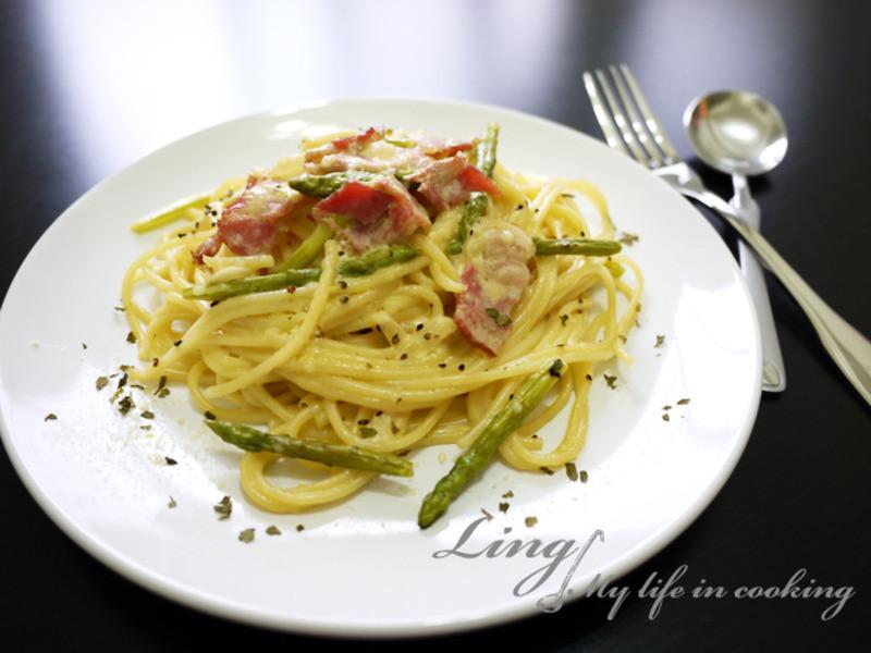 西式♪ 蘆筍培根奶油義大利麵 Asparagus Bacon cream pasta