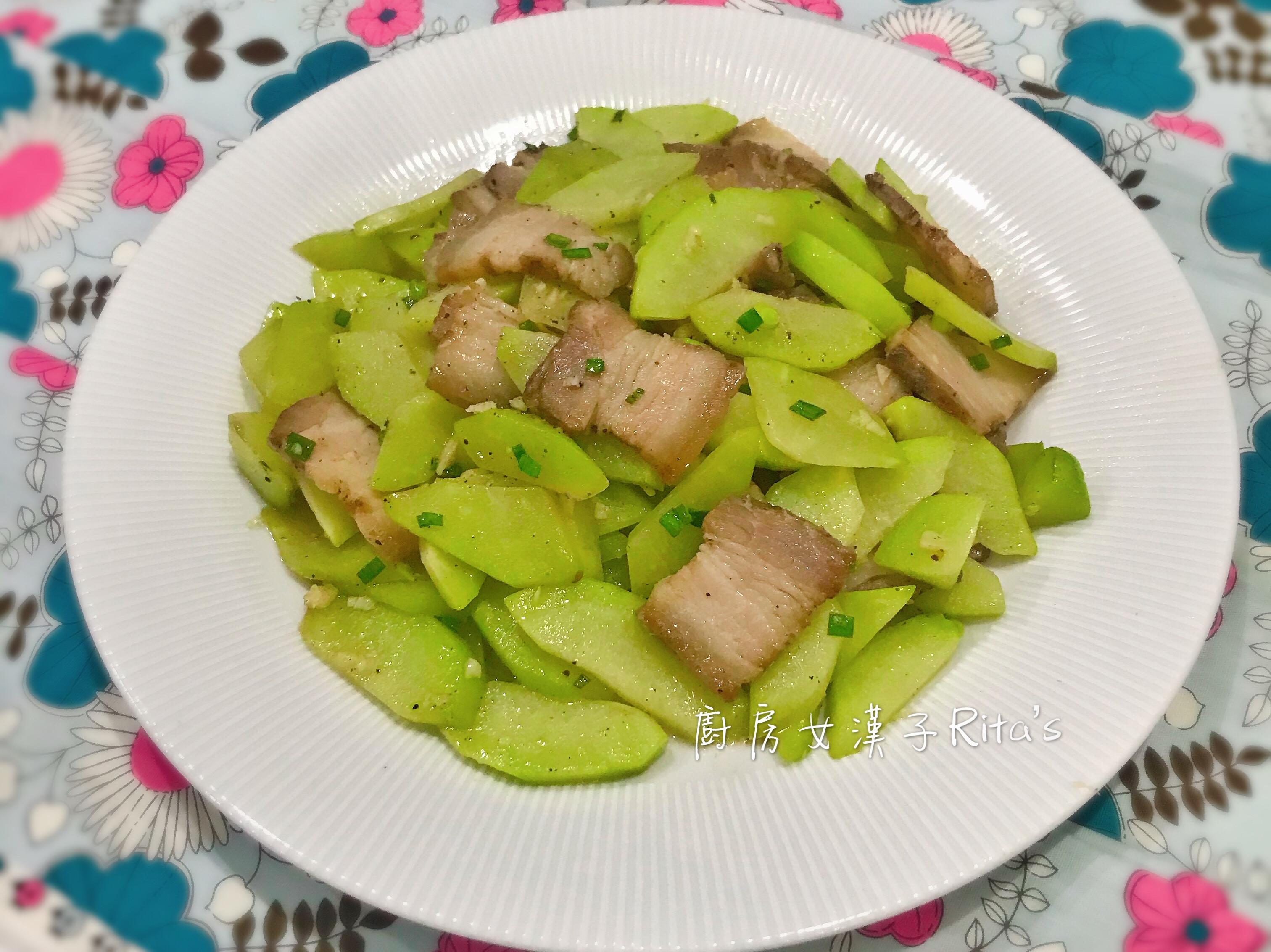 佛手瓜炒鹹豬肉
