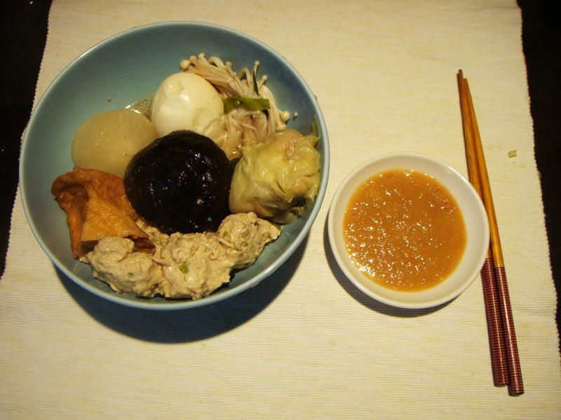 [冬天暖呼呼]關東煮三寶:湯頭+味噌雞肉丸+高麗菜捲