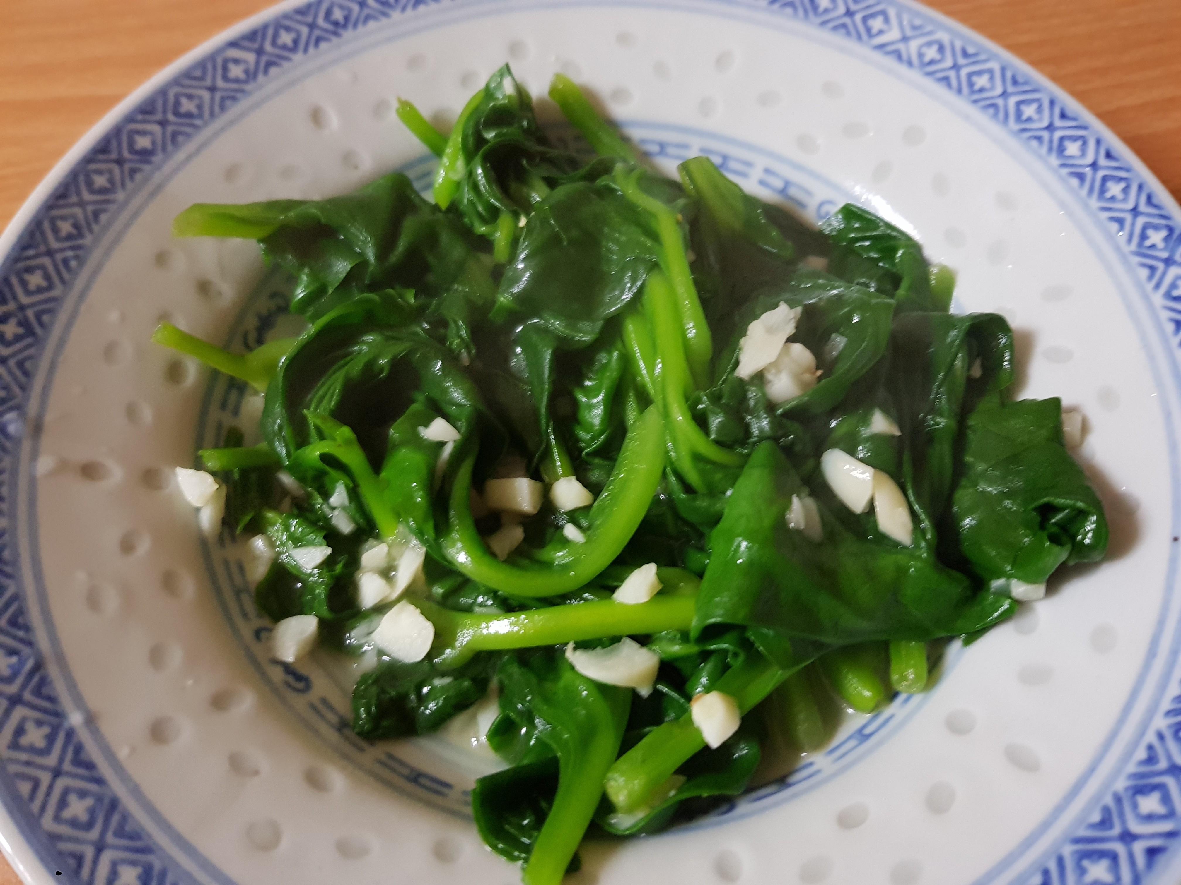 親子手作:蒜香皇宮菜