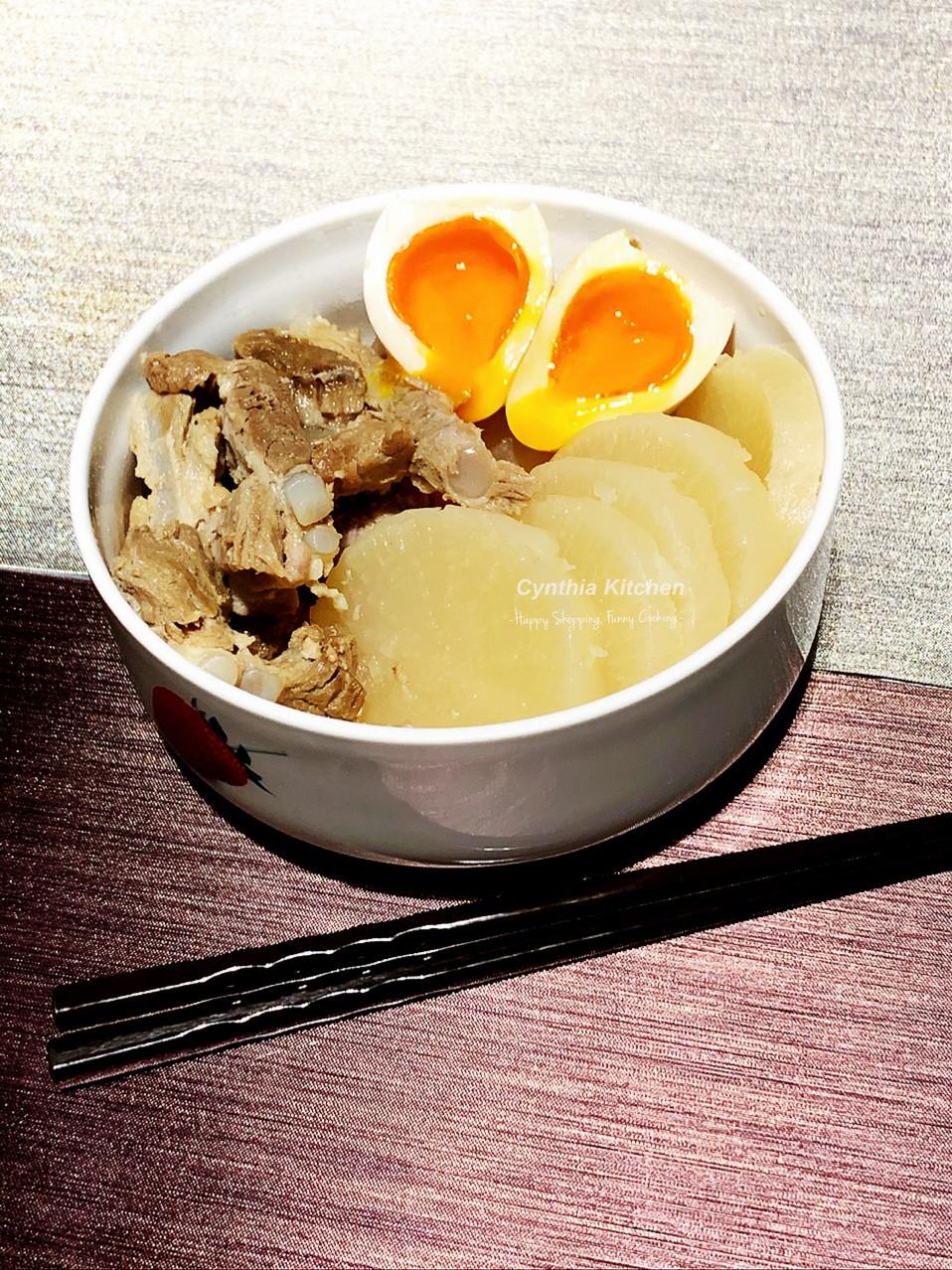 日式高湯燉煮蘿蔔豬軟骨