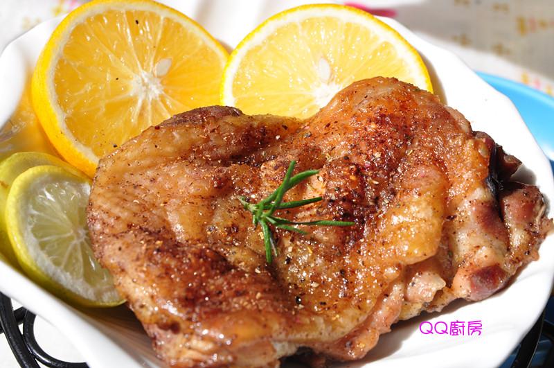 香檸鹽焗烤雞腿排