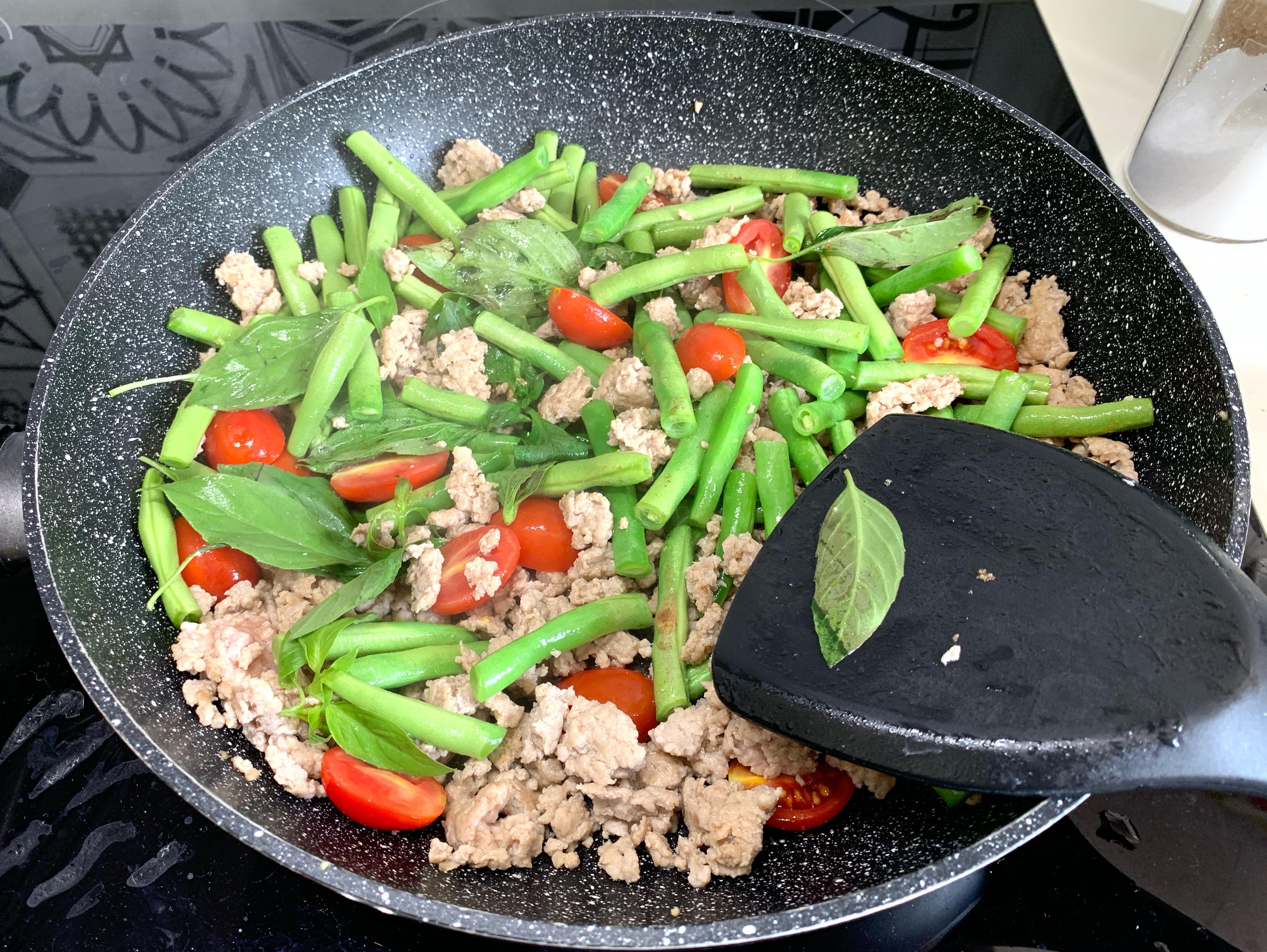 寶寶食譜 / 打拋豬肉粥、打拋豬炒四季豆