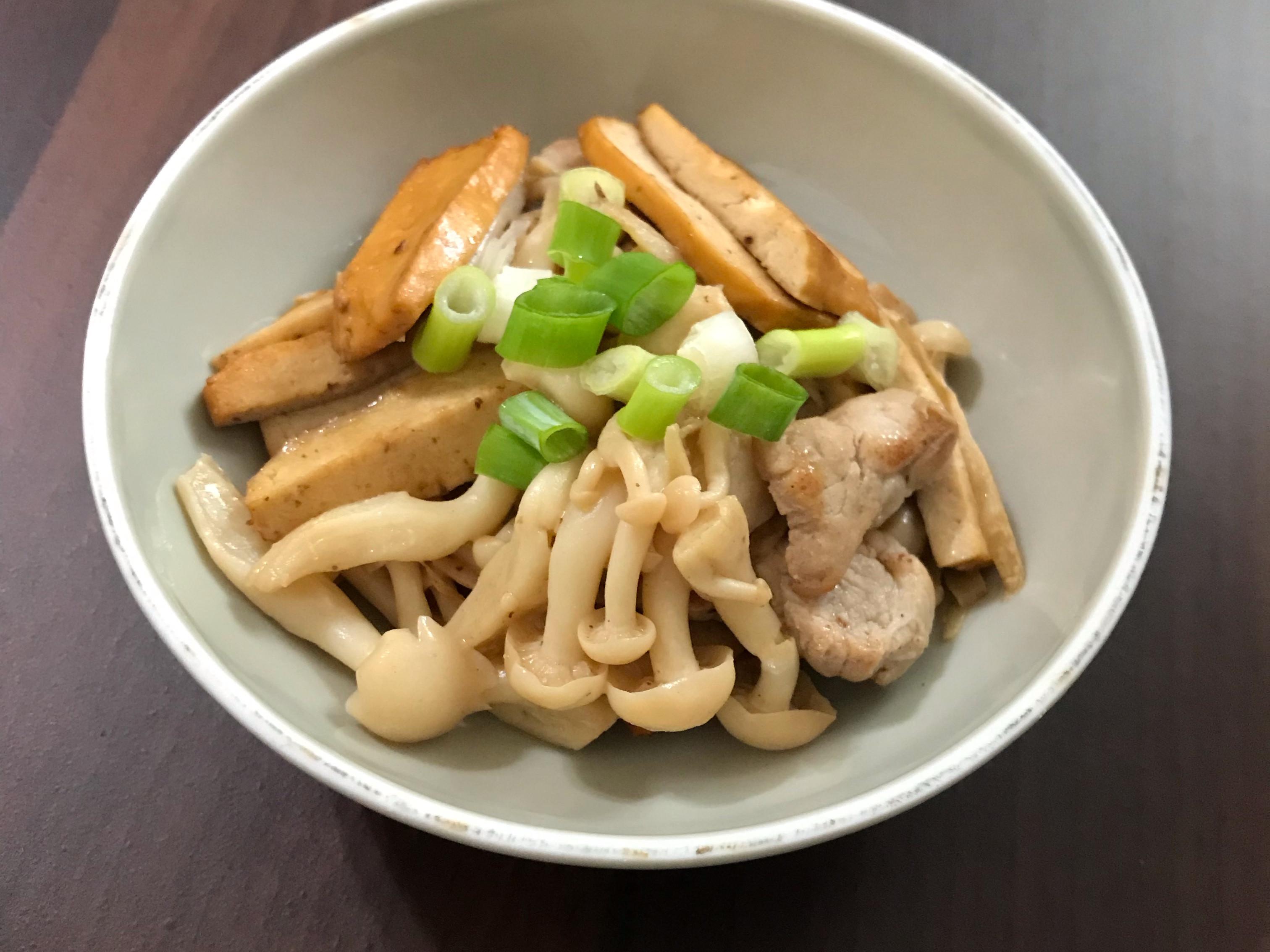 豆乾肉絲炒菇菇